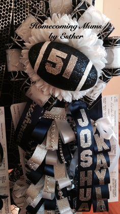 Large mum garter with specialty braids Homecoming Mums Senior, Football Homecoming, Homecoming Corsage, Homecoming Spirit Week, Homecoming Dresses, Homecoming Garter Ideas, Football Mums, Football Crafts, Football Decor