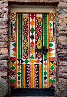 Bin Hamsan house door in Khamis Mushayt - Saudi Arabia  | © Eric Lafforgue