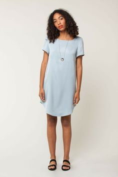 Seam work Dress - two tone curved hem
