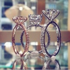 Bague de mariage : Lauren B Jewelry - Flashmode Belgium Bling Bling, Do It Yourself Fashion, Dream Engagement Rings, Ring Verlobung, Dream Ring, Diamond Are A Girls Best Friend, Beautiful Rings, Ring Designs, Diamond Rings
