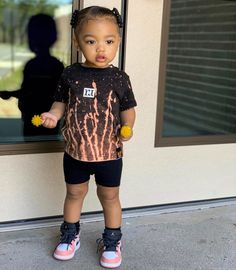 Cute Little Girls Outfits, Kids Outfits Girls, Toddler Girl Outfits, Baby Outfits, Stylish Baby Clothes, Winter Baby Clothes, Cute Kids Fashion, Baby Girl Fashion, Cute Baby Girl