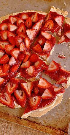 Strawberry Pizza !