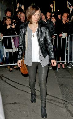 Keira Knightley Photos Photos - Keira Knightley poses and makes a funny face as she leaves the Comedy Theater wearing skinny jeans and a leather jacket.  NORTH AMERICAN, FRENCH, POLISH AND ITALIAN USE ONLY. - Keira Knightley Poses for Photos 2
