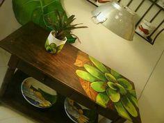 Mesa pintada  Artista Argina Seixas