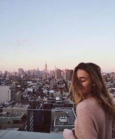 city, girl, and travel afbeelding Photographie New York, Foto Top, Poses Photo, City That Never Sleeps, Concrete Jungle, City Girl, Travel Goals, Adventure Is Out There, Oh The Places You'll Go