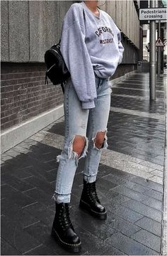 cute outfits for school winter \ cute outfits ; cute outfits for school ; cute outfits for winter ; cute outfits with leggings ; cute outfits for school for highschool ; cute outfits for women ; cute outfits for school winter Edgy School Outfits, Winter Fashion Outfits, Mode Outfits, Retro Outfits, Fashion Clothes, Vintage Outfits, Fashion Ideas, Edgy Fall Outfits, Fashion Fashion