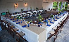 The horseshoe table. Seating ideas for a small wedding.