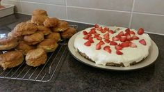 Doesn't this look delicious ! Wholemeal scones and cheesecake