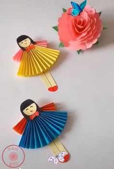 Attractive craft ideas for kids Attractive craft ideas for kids<br> Diy Crafts Hacks, Diy Crafts For Gifts, Paper Crafts For Kids, Craft Activities For Kids, Summer Crafts, Creative Crafts, Preschool Crafts, Diy For Kids, Fun Crafts