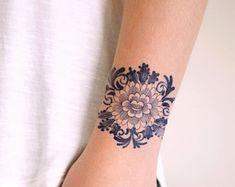 Large floral Dutch 'Delfts Blauw' temporary back por Tattoorary