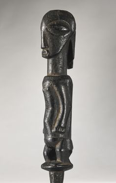 Buyu Ancestor Figure 22.9 cm The figure would have once been inserted into a…
