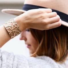 tendance : personnalisez votre bracelet en optant pour un bracelet manchette Les Georgettes personnalisables pour des looks tendance !
