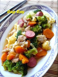 Citra's Home Diary: Cap Cay (Indonesian style mix vegetable saute) Eating Vegetables, Sauteed Vegetables, Mixed Vegetables, Veggies, Dinner Vegetables, Broccoli Recipes, Vegetable Recipes, Veggie Food, Indonesian Cuisine