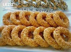 Kandil Simidi (Tam Kıvamında) - Leziz Yemeklerim Turkish Recipes, Ethnic Recipes, Onion Rings, Food Design, Cake Cookies, Bon Appetit, Cookie Recipes, Food Porn, Brunch