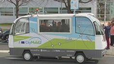 Se trata del primer prototipo de vehículo pilotado de forma automatizada y guiada por satélites que está pensado para el transporte público.