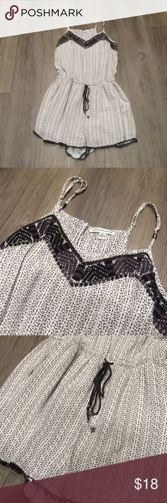 American Eagle romper American eagle romper, size small. Excellent condition! American Eagle Outfitters Other