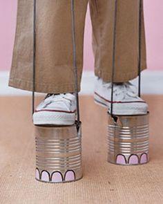 Idea de actividad: carreras de zancos con latas! Unos zancos que te hacen andar como elefantes. ¡Nos gustan! #manualidades #juegos #diy