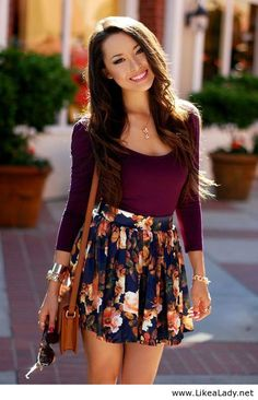 Very Cute Outfit - Floral Circle Skirt - New Fashion Style - Women's Fashion: Love all the colors together! This is a really cute outfit. Warm Fall Outfits, Spring Outfits, Spring Wear, Summer Wear, Looks Street Style, Looks Style, Mode Style, Style Blog, 90s Style