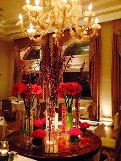 Christmas flowers arrangement at Tudor Hall #King George hotel, Athens, Greece