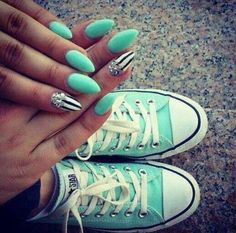 """Not really a fan of """"stiletto nails,"""" but the color and design is super adorable! Fabulous Nails, Gorgeous Nails, Love Nails, How To Do Nails, Pretty Nails, Style Nails, Funky Nails, Cute Nail Designs, Acrylic Nail Designs"""