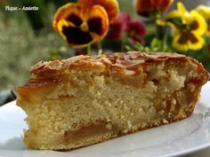 Gâteau aux pommes caramélisées.