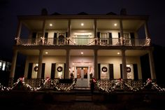 Christmas Fort Conde Inn Wedding Mobile Alabama Photo by BubbleWood Photography