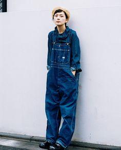 Overalls Fashion, Denim Fashion, Fashion Photo, Girl Fashion, Fashion Design, Baggy Clothes, Japan Fashion, Unisex Fashion, Her Style