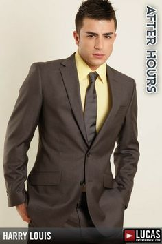 Fashion Moda, Mens Fashion, Fashion Outfits, Lucas Entertainment, Suit And Tie, Well Dressed Men, Gay Pride, Mens Suits, Male Models