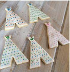 Decorating Teepee Cookies