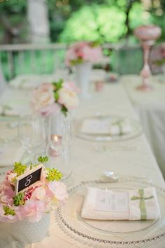 #place setting #pink #white