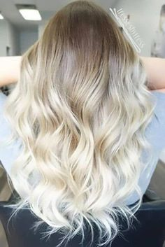50 Proofs that Anyone can Pull off the Blond Ombre Hairstyle Bombshell Ombre Hair in White Blonde White Ombre Hair, Ombre Hair Color, Blonde Color, Hair Colour, Ombre Blond, Ombre Style, Ombre Hair For Blondes, Balayage Hair Blonde, Blonde Highlights