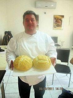 Receitas de Pães do Chef Paulinho Pecora Portuguese Recipes, Italian Recipes, Easy Cooking, Cooking Recipes, Baked Brie Recipes, Bread Dough Recipe, Bread Cake, Piece Of Cakes, Bread Rolls