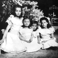 Grand Duchess' Olga, Anastasia, Maria & Tatiana