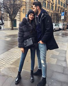 Rainy days are the perfect excuse for snuggling? Rainy days are the perfect excuse for snuggling? Cute Rainy Day Outfits, Matching Couple Outfits, Winter Mode Outfits, Winter Fashion Outfits, Outfits For Teens, Autumn Winter Fashion, Outfit Of The Day, Fall Outfits, Cute Outfits