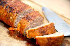 Farsbrød i ovn: En rigtig god opskrift på farsbrød i ovn, der samtidig giver dig en dejlig sovs. Farsbrødet steges i stegeso i 45 minutter i ovnen. Til farsbrød i ovn til fire personer skal du brug…