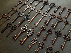 100 Keys to the Kingdom - 100 Antique Copper Skeleton Keys, Wedding Skeleton Keys, Escort Cards, Vintage Key, Old Key, Bulk Skeleton Keys -- $42.00