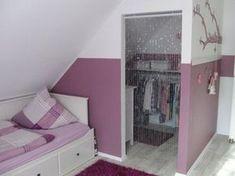 Wir haben das Zimmer umgestaltet... und nun hat Melina einen begehbaren Kleiderschrank im Zimmer :-))