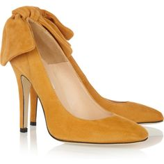 Carven Bow-embellished suede pumps (475 PEN) ❤ liked on Polyvore featuring shoes, pumps, heels, carven, yellow, saffron, slip on pumps, yellow heels pumps, yellow high heel shoes and yellow high heel pumps