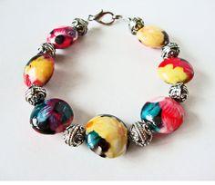 Hawaiian Flower beaded murano glass bracelet by bijoujoulry, $15.00