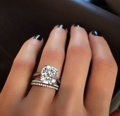 The only solitaire I would ever be ok with receiving.. and yep, its because of how big that puppy is.