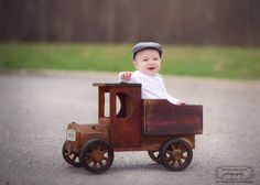 """Woodsy Wonders Country (and a little bit rustic!) """"Farmer's Truck"""""""