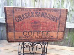 Rare early 1900s Chase & Sanborns Coffee wood shipping crate, beautiful conditon w/original top