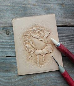 Cricket For Arts And Crafts Leather Stamps, Leather Art, Leather Design, Leather Tooling, Wood Carving Designs, Wood Carving Art, Wood Art, Leather Craft Tools, Leather Projects