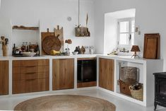 A magnificent country house in Mallorca Home, Rustic Kitchen, House Styles, Rustic House, House, Kitchen Interior, Interior Design Kitchen, House Interior, Minimalist Kitchen