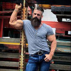 Hairstyles hipster 40 Trend-Frisuren für Männer mit Bärten 40 penteados tendência para homens com barbas # Homens Epic Beard, Sexy Beard, Man Beard, Great Beards, Awesome Beards, Beard Styles For Men, Hair And Beard Styles, Barba Sexy, T-shirt Und Jeans