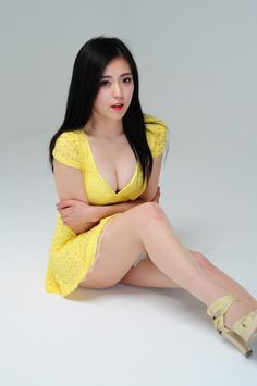 Joohee Sexy in Yellow - http://www.owcute.com/cute-korean-girls/joohee-sexy-in-yellow.html - Sponsored Links one more (Korean Model) okay, we suppose the main spot of this gallery is hot-designed uniform and her sexiness. Because this girl is a Korean beauty, she looks just like a doll when dressed in the uniform and remain silent. She is elegance itself when She is caught...