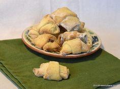 Cornulete fragede cu rahat Savori Urbane (4) Unt, Potatoes, Bread, Chocolate, Vegetables, Desserts, Recipes, Food, Sugar