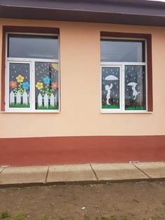 Spring windows decoration