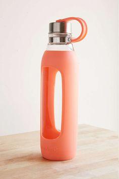 Shop Contigo Purity Glass Water Bottle at Urban Outfitters today. Fancy Water Bottles, Best Water Bottle, Water Bottle Design, Glass Water Bottle, Drink Bottles, Best Wedding Registry, Rainbow Kitchen, Dinnerware Sets, Academia