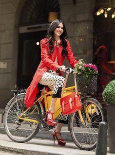 #fashionista #yellow #bicycle